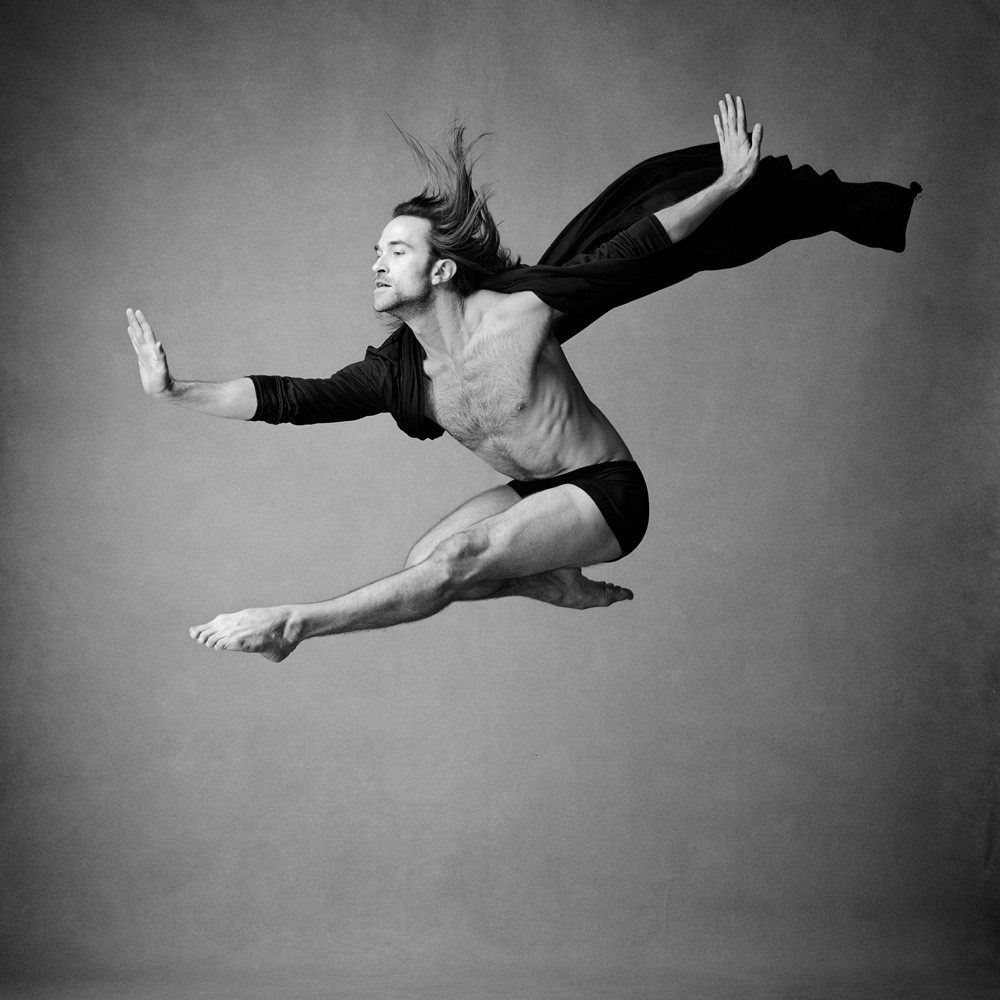 Action photo of Jean-Sébastien Couture, First Soloist with les Grands Ballets