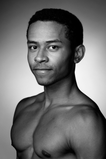 Headshot of the dancer Jordan Faye