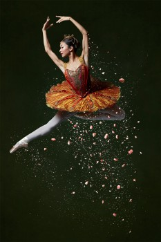 Mai Kono in The Nutcracker