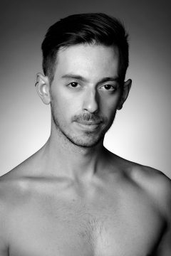 Headshot of the dancer Etienne Gagnon-Delorme