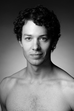 Headshot of the dancer James Lyttle