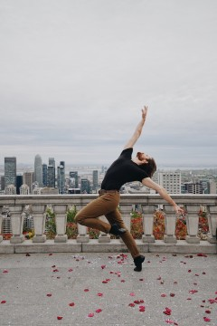 Picture of dancer Graeme Fuhrman of Les Grands Ballets Canadiens