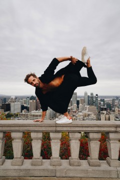 Picture of dancer Raphaël Bouchard of Les Grands Ballets Canadiens