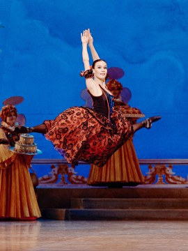 The dancer Emma Garau Cima in The Nutcracker
