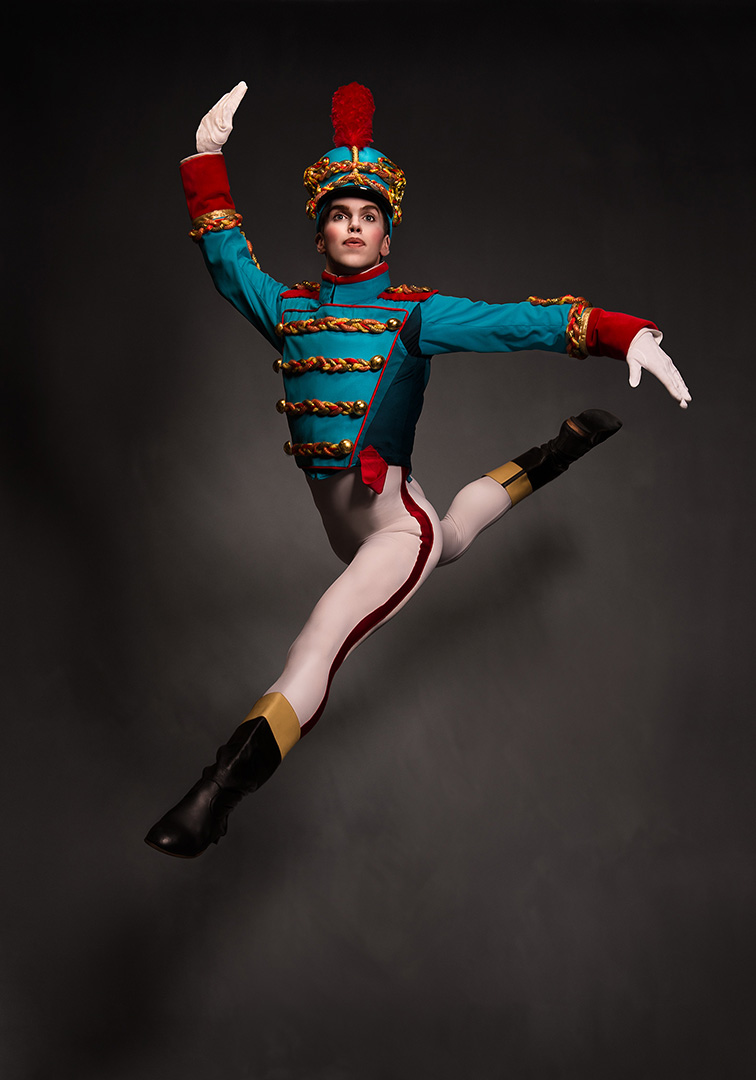 Les Grands Ballets' Nutcracker - Casse-Noisette Stephen Satterfield